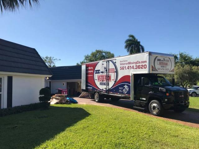 Movers-working-in-Parkland