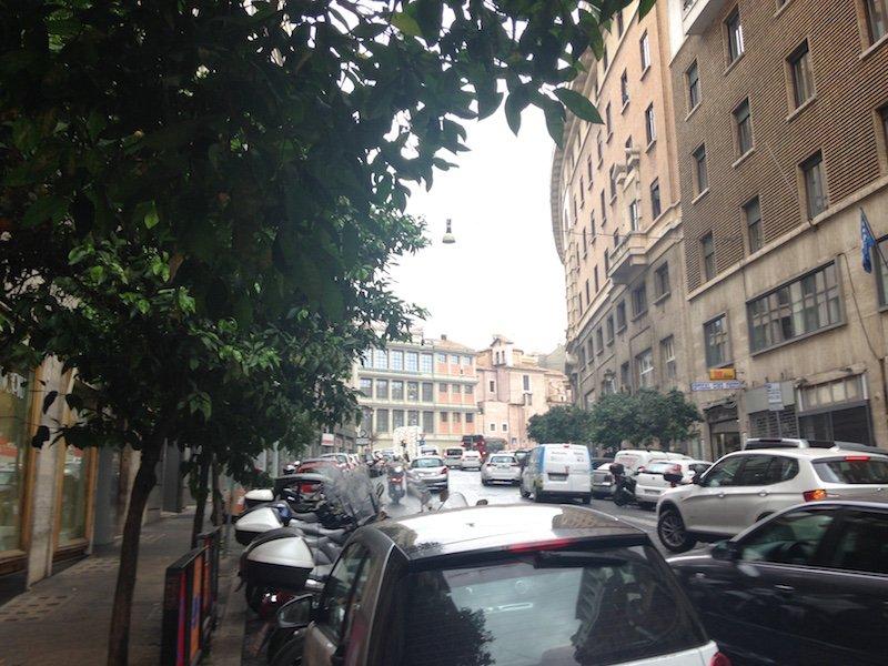 Affitto negozio via barberini roma centro for Affitto appartamento barberini roma