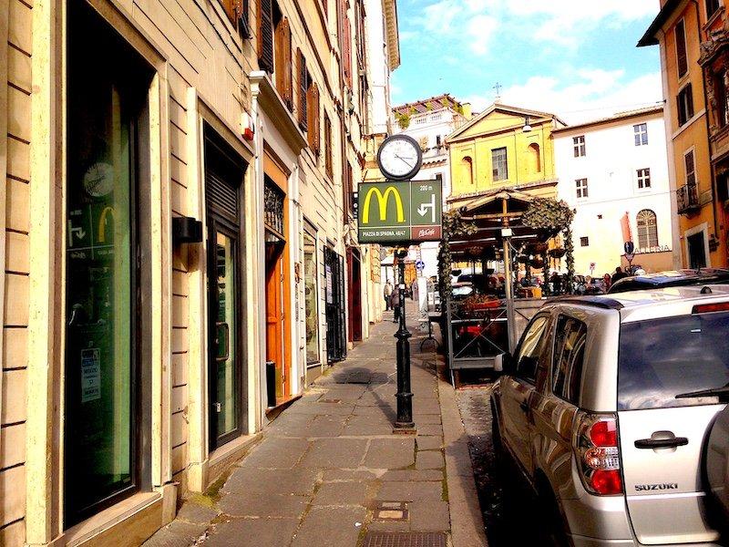 AFFITTO LOCALE COMMERCILE ROMA CENTRO