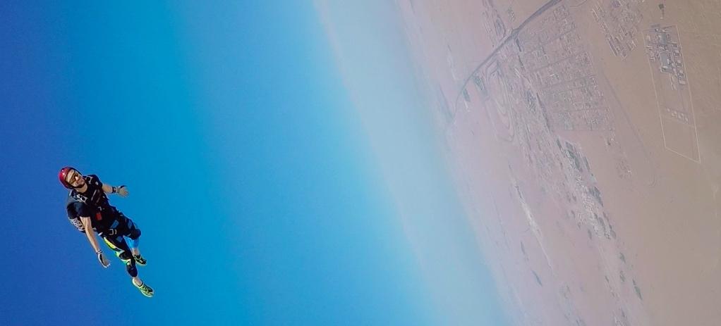Coached tracking jump over Dubai