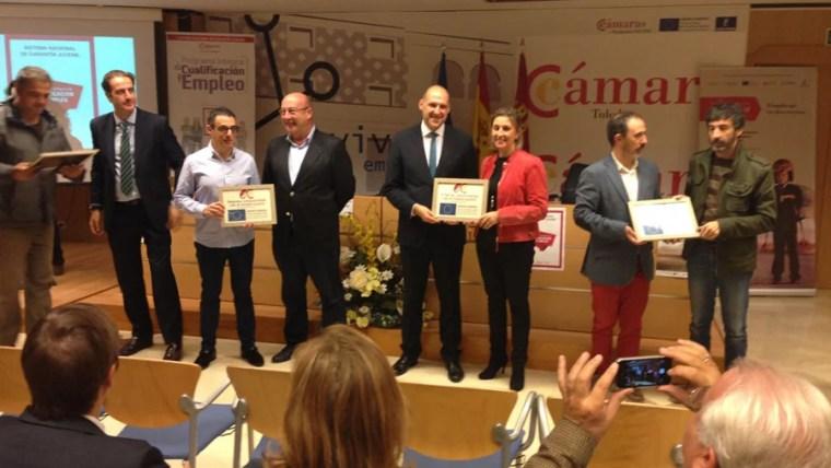 Vettonia seguridad recibe el premio al compromiso empleo juvenil