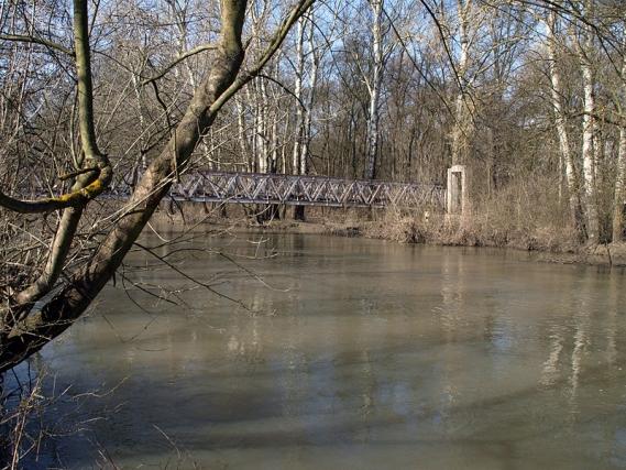 Мост над река Тунджа при Елхово, Снимка: Уикипедия