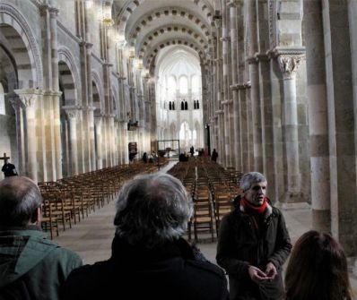 Basilica of Sainte Marie Madeleine - The lights of winter in Vézelay