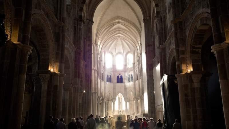 Basilique Sainte Marie-Madeleine de Vézelay, le jour où la lumière fait des miracles
