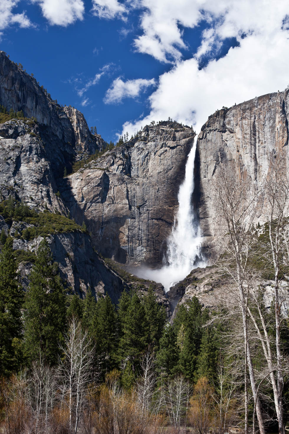 Shutterstock Approval Article - Soft Water at Yosemite National Park #vezzaniphotography