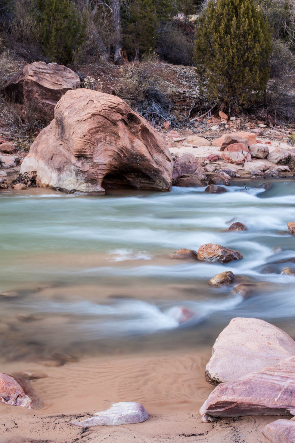 Sunset at Zion National Park, UT in the Wintertime #vezzaniphotography
