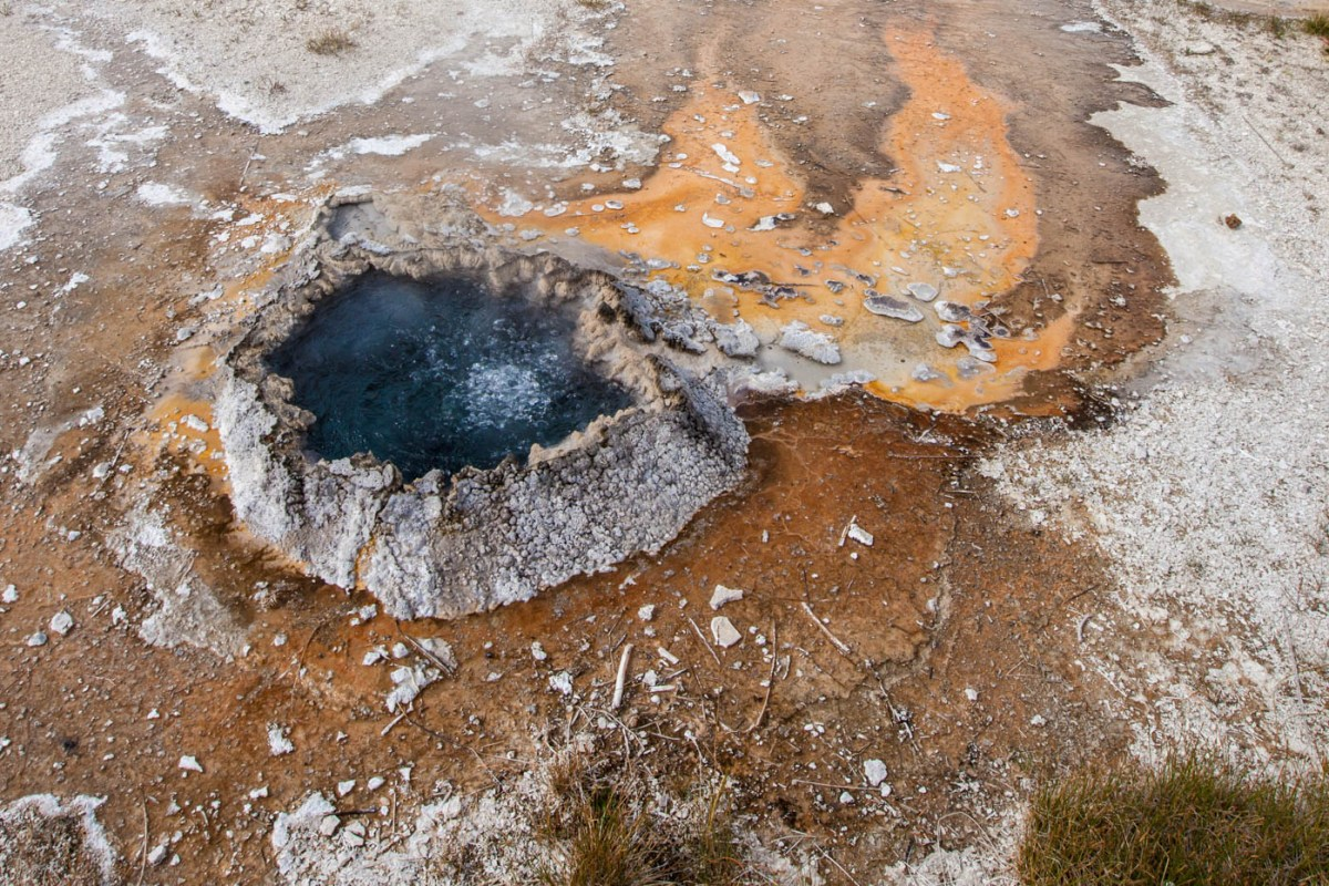 Chinese Spring Near Old Faithful in Upper Geyser Basin at Yellowstone National Park #vezzaniphotography