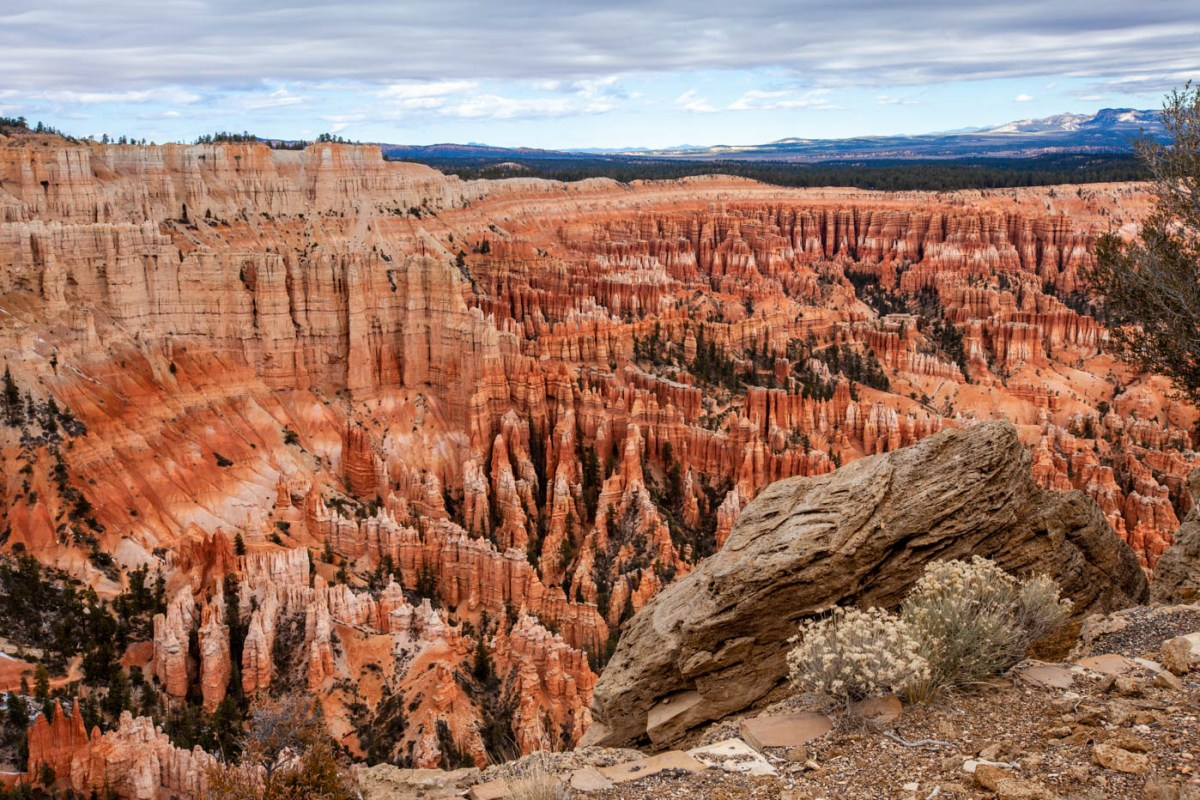 Bryce Point View of the Bryce Canyon National Park Amphitheater 5 Best Photo Spots Bryce Canyon #vezzaniphotography