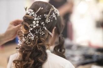 bridal-4676681_1920-min