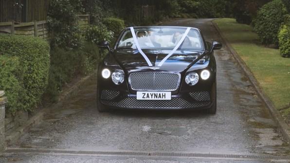 bride wedding car arrival