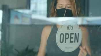 Woman Closes Her Cafe For Quarantine