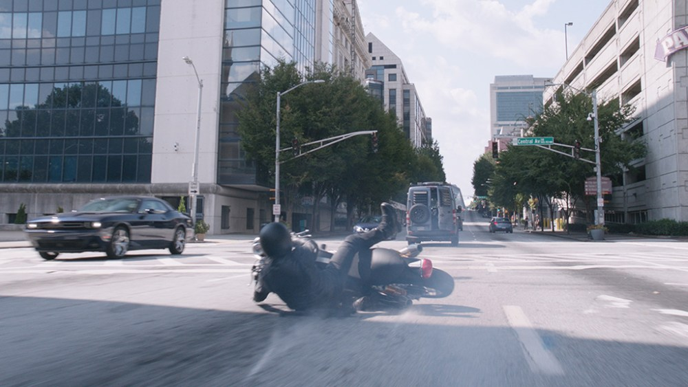 740c4cc31 Creating the Size-Shifting Car Chase in ANT-MAN AND THE WASP - VFX ...