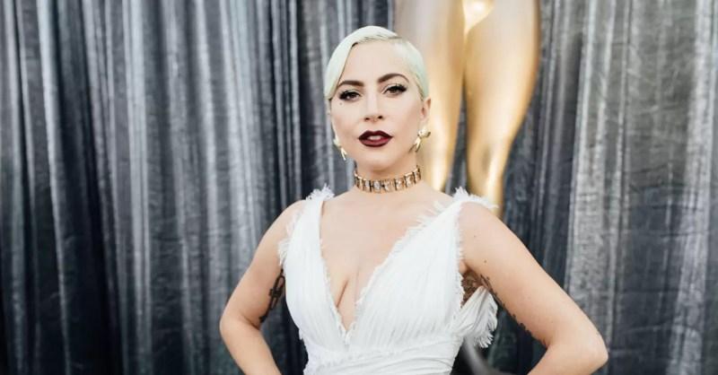 53c93b58595 Lady Gaga Debuts Dior SS19 Couture At The SAG Awards
