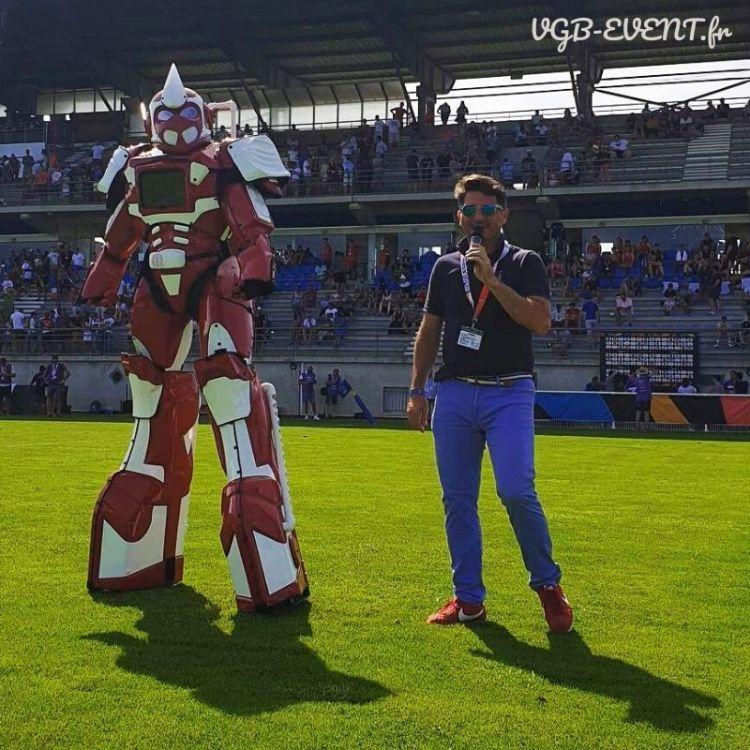 robot-geant-revos-vgb-event.Fr