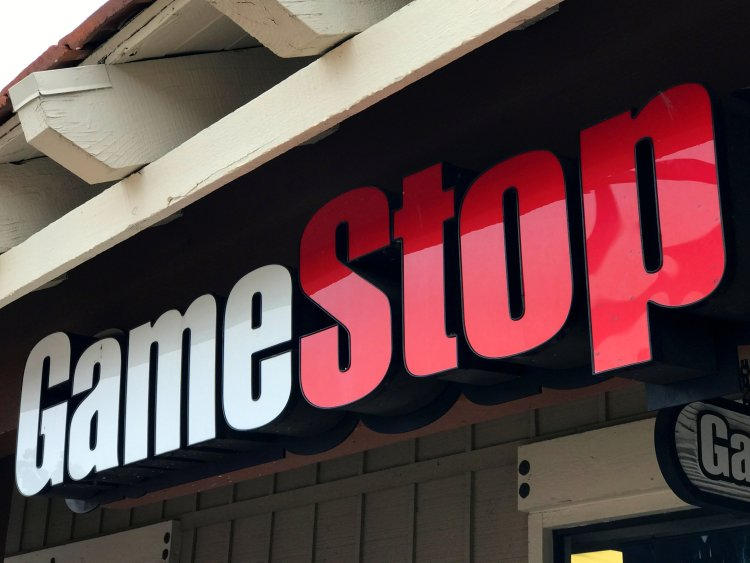 GameStop CEO Steps Down