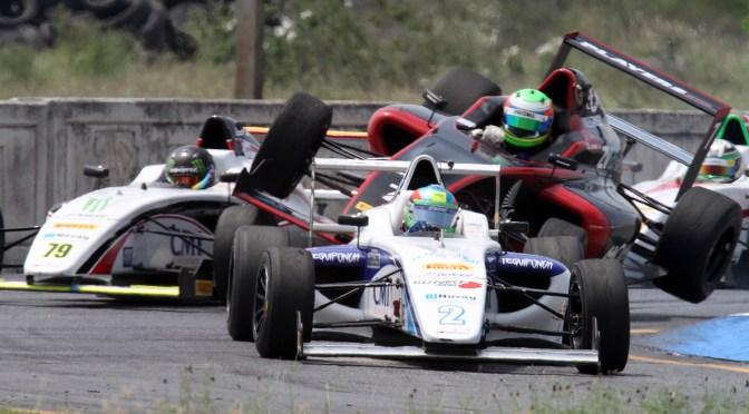 Patricio O´Ward y Axel Matus dividen triunfos en FIA FORMULA 4 NACAM Monterrey