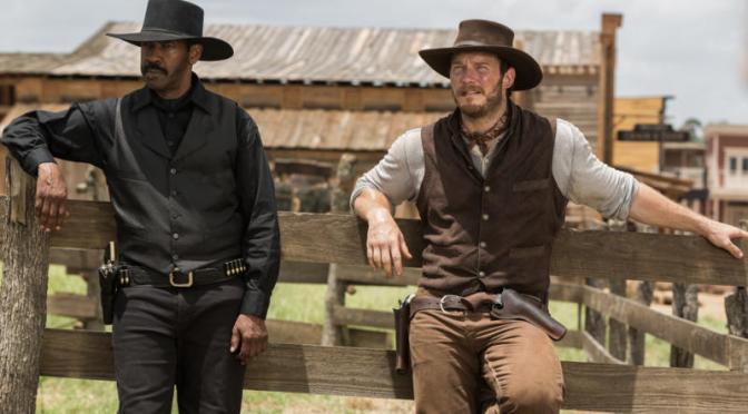 """<span class=""""entry-title-primary"""">Los 7 Magníficos estrenan trailer</span> <span class=""""entry-subtitle"""">Denzel Washington y Chris Pratt tendrán que salvar un pueblito</span>"""