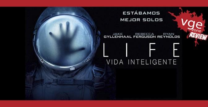 """<span class=""""entry-title-primary"""">[REVIEW] LIFE: Vida Inteligente</span> <span class=""""entry-subtitle"""">El terror siempre se disfruta más en el espacio</span>"""
