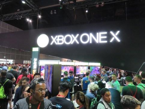E3-2017-Show-Floor-XBox-3