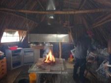 Premier feu pour nous tenir un peu au chaud