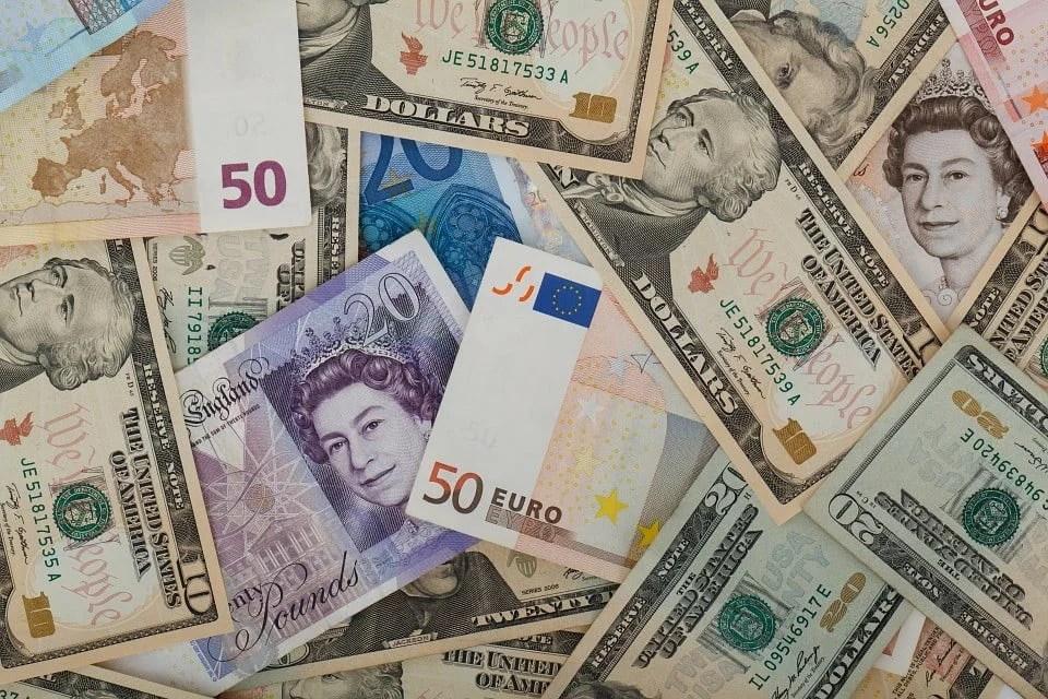 Dicas de câmbio para o seu dinheiro render mais no exterior