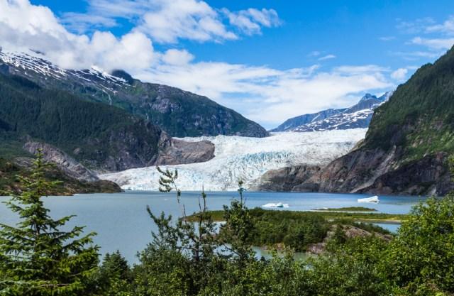 Vista da geleira Mendenhall, em Juneau, Alasca (EUA)