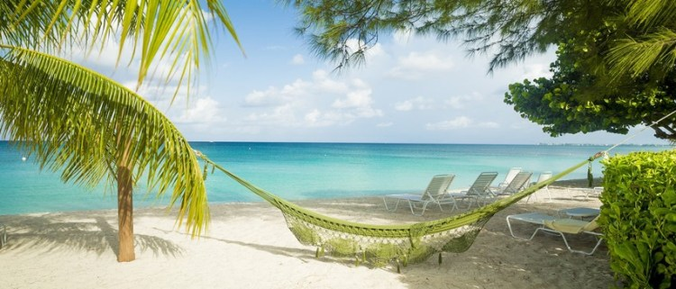 Seven Mile Beach_Cayman Islands