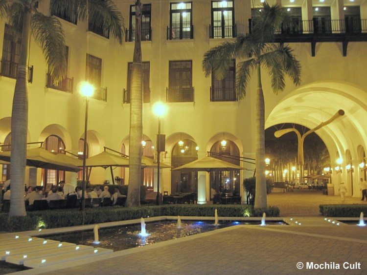 Plaza Lago