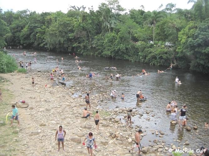 boia cross no Rio Nhundiaquara