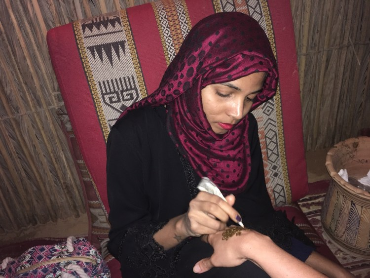 deserto Dubai henna