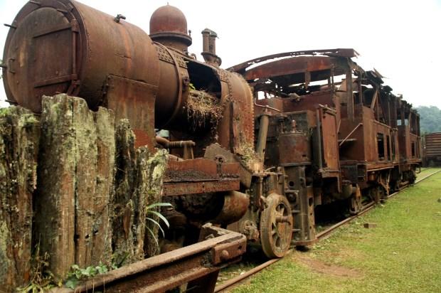 Vista dos trens abandonados da vila de Paranapiacaba (foto: Eduardo Vessoni)