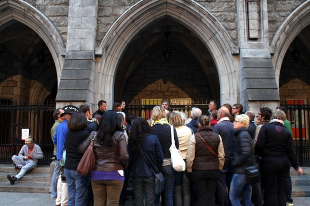 O tour literário passa também pela St. Andrews Church, em Dublin (foto: Eduardo Vessoni)