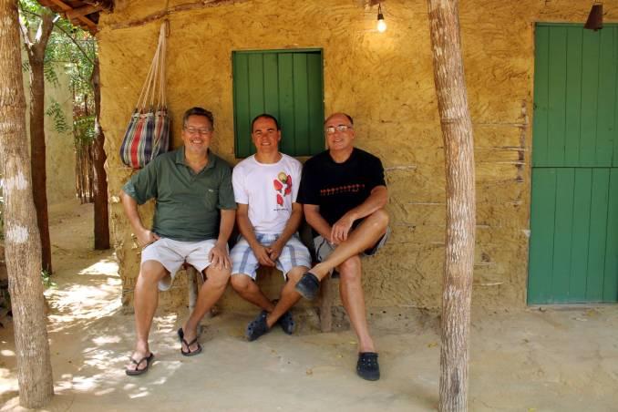 Kiko, Marlos e Ruy, proprietários da Pousada Casa de Taipa (foto: Eduardo Vessoni)