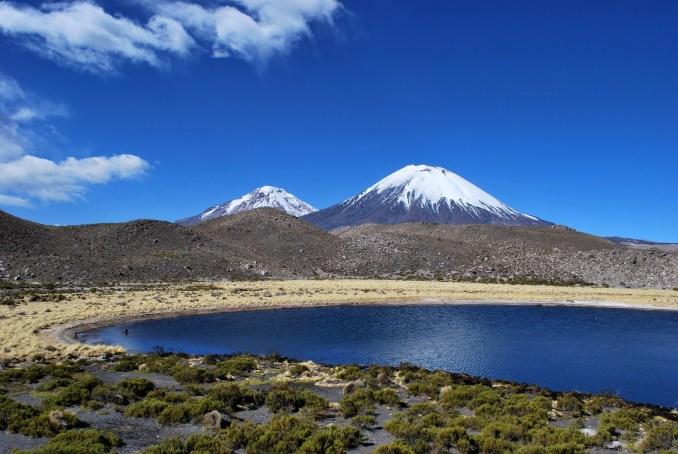 Vulcão Parinacota, no Parque Nacional Lauca, na região de Arica e Parinacota (foto: wilth/ Flickr-Creative Commons)
