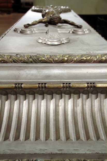 Detalhe do caixão da imperatriz Sissi, na Cripta Imperial de Viena (foto: Eduardo Vessoni)