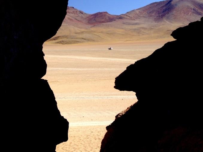 Vista do deserto onde se localiza a 'Árvore da Vida', na Bolívia (foto: Eduardo Vessoni)