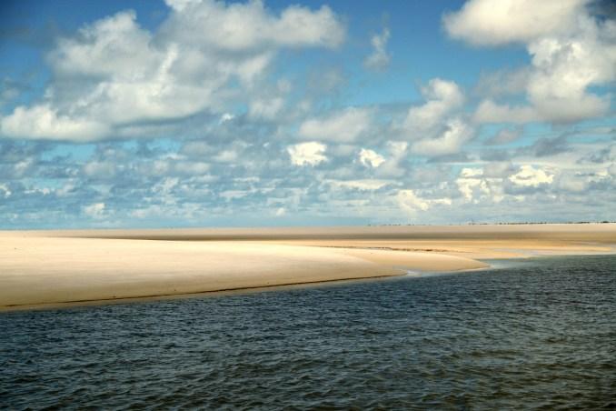 Vista da ILha da Sogra, entre Sergipe e a Bahia (foto: Eduardo Vessoni)