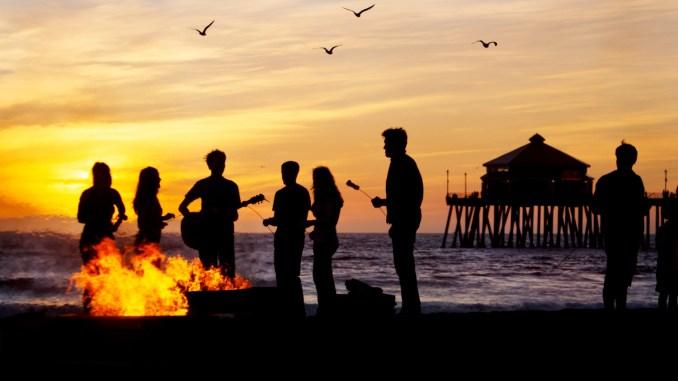 Píer de Huntington Beach, cidade do Condado de Orange, a 64 km de Los Angeles (foto: Visit Huntington Beach/Divulgação)