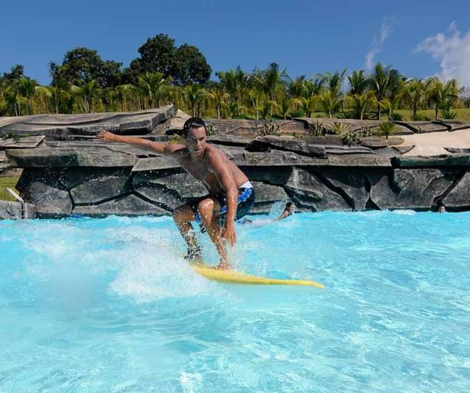 Localizado em Goiás, o Hot Park é uma área de 55 mil m² e conta com águas, naturalmente, quentes (foto: Reprodução)