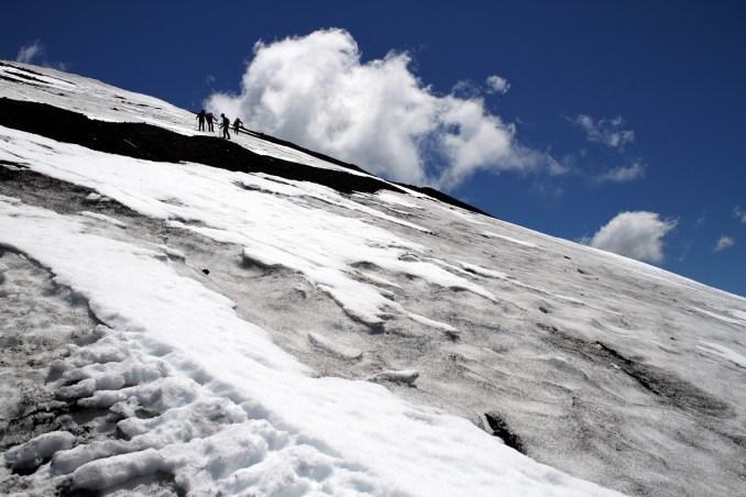 Subida ao vulcão Lonquimay, no sul do Chile (foto: Eduardo Vessoni)