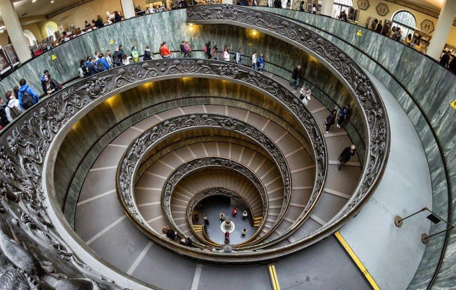 Guia de turismo brasileira em Roma e na Cidade do Vaticano