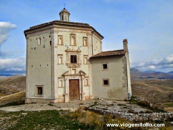 Castelos-mais-bonitos-mundo--Castelo_Rocca-Calascio_Italia6