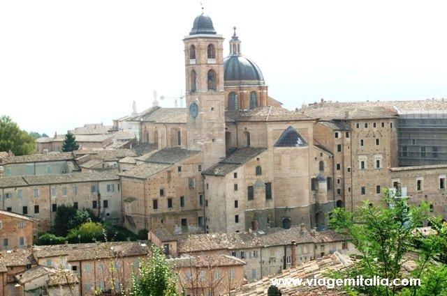 Centro histórico de Urbino, Marche, centro da Itália.