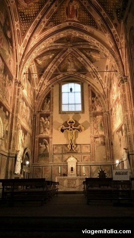 Basílica de Santa Cruz, Florença, obras de Giotto nas capelas