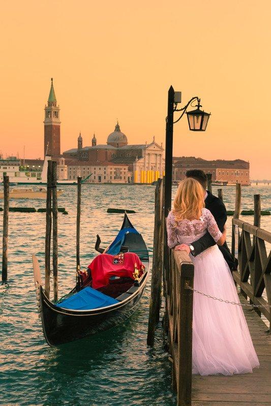 Matrimônio simbólico para brasileiros em Veneza, Itália