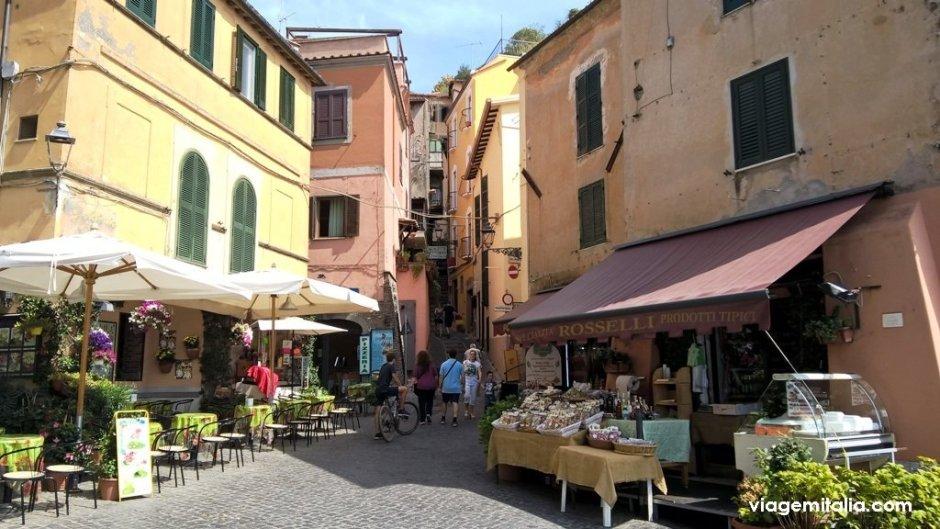 Burgo de Nemi, Roma