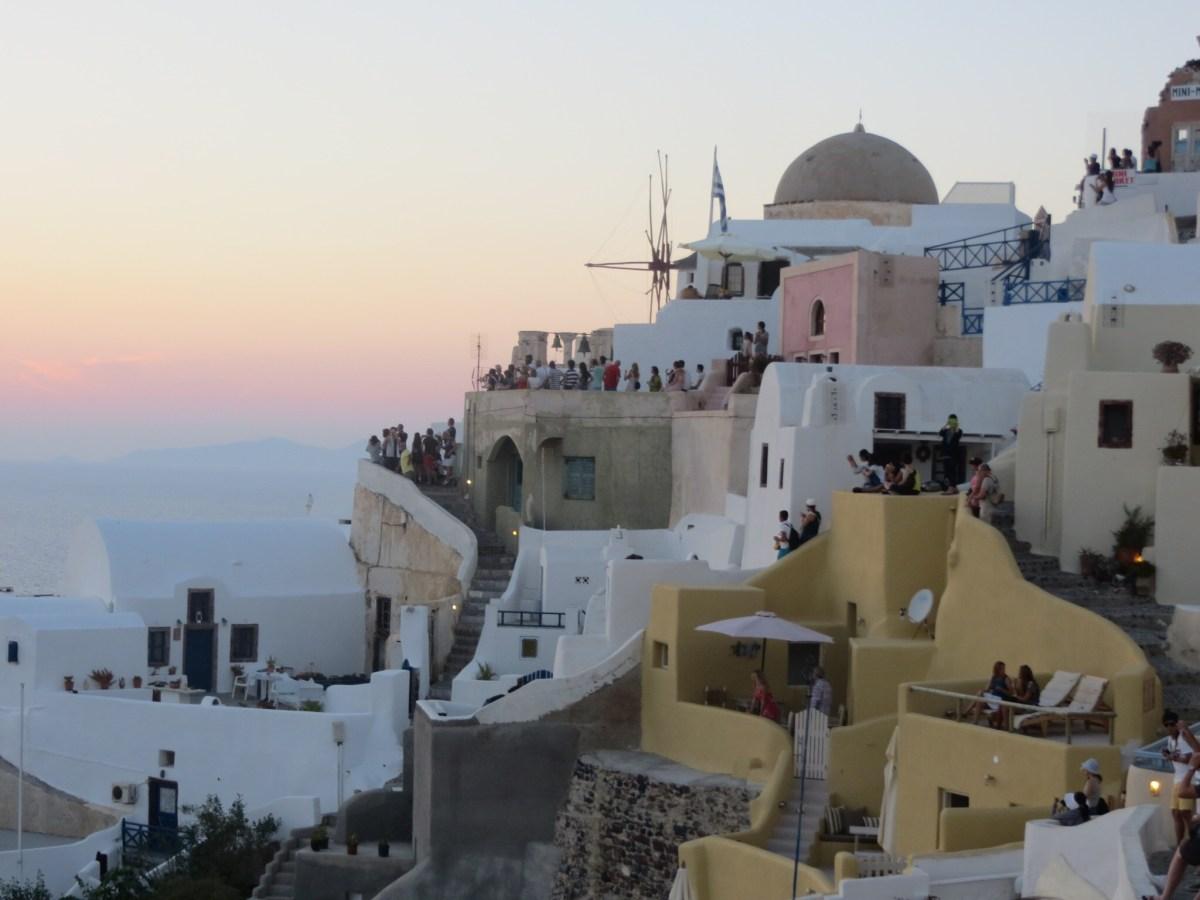 Santorini e suas casinhas brancas