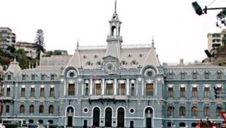Valparaíso, a cidade conhecida por seus funiculares