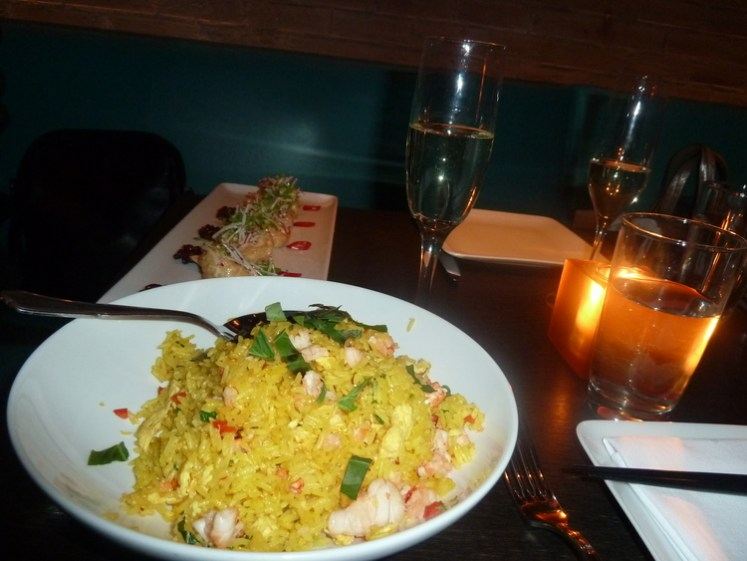 """Sweet & Crispy Jumbo Shrimp"" e ""Lobster fried rice"" do Restaurante Buddakan"