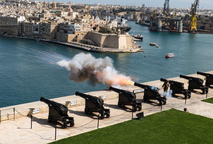 Cannoni di Upper Barrakka Gardens a La Valletta Malta